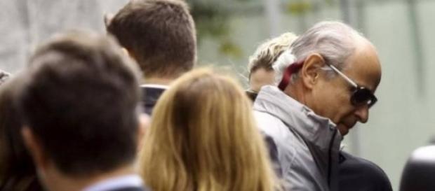 Otávio Marques de Azevedo saindo da PF (Reuters)