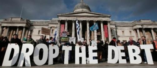 Il debito della Grecia ha potato alla povertà