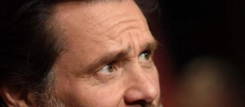 Jim Carrey en contra de la nueva ley de vacunación