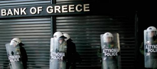 Le banche greche presidiate dalla Polizia