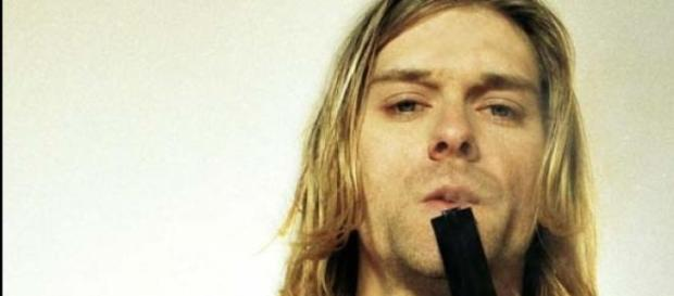 Cobain murió de un disparo que el mismo se dió.
