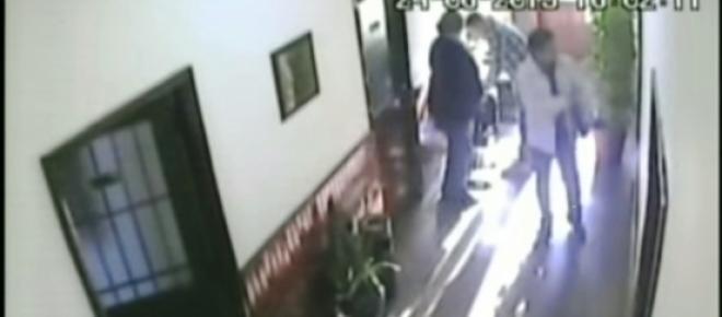 Feróz asalto a los tiros dentro de una escribanía: dieron a conocer imágenes del interiror