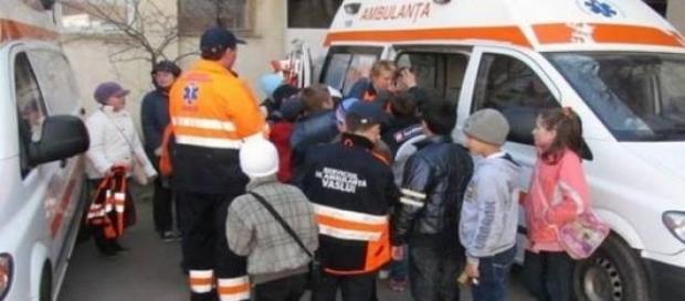 ambulanță, elevi, intoxicație, hotel, medici