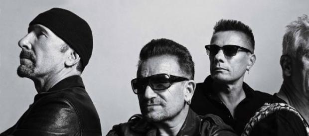 U2 regresó a los escenarios