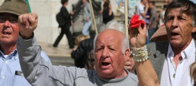 Polémica: Emigrantes portugueses exigem benefícios fiscais para voltarem a Portugal