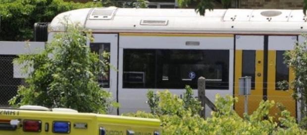 O corpo estava ao lado de uma linha de comboios.