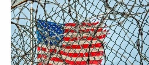 A prisão localiza-se em Cuba mas pertence ao EUA