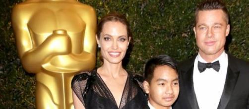 Angelina Jolie e Brad Pitt con il figlio Maddox