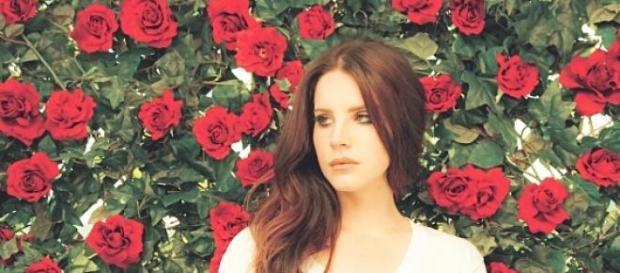 Lana Del Rey publicó una canción de su nuevo disco