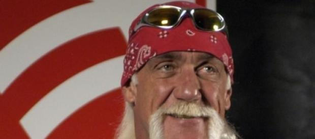 Hulk Hogan apologizes for racist comments.