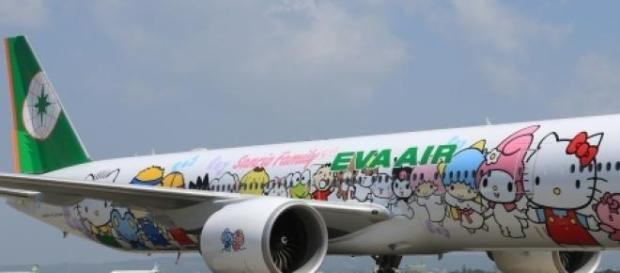 L'Eva Air mostra fiera il logo di Hello Kitty