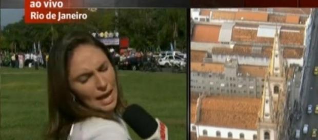 Repórter da GloboNews apanha ao vivo