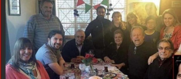 Ergün junto a sus compatriotas en Palermo