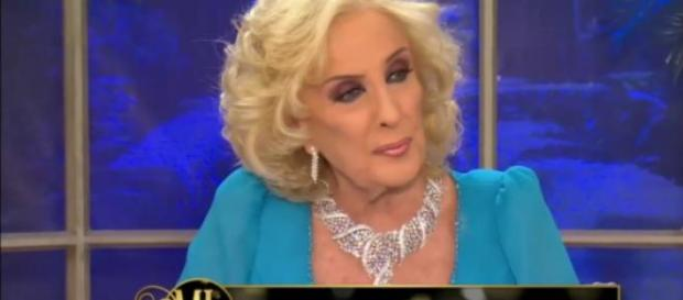 Mirtha contestandole a Any Ventura