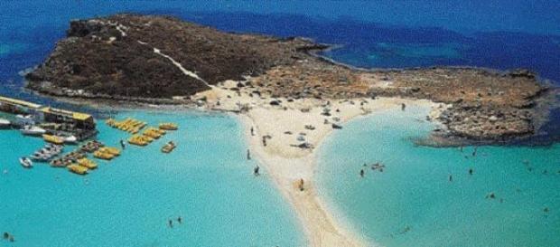 spiaggie di sabbia bianca e mare cristallino