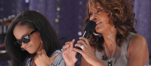 Bobbi Kristina Brown y su madre, Whitney Houston