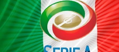 Il logo della Serie A e il tricolore