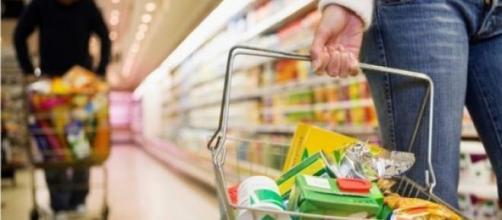 Poder de compra do consumidor está em queda