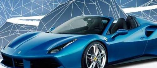 La nuova Ferrari 488 Spider