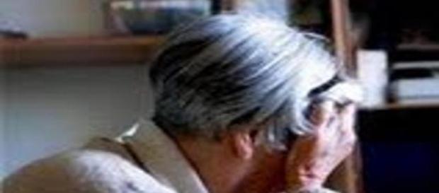 anziani rapinati e abbandonati