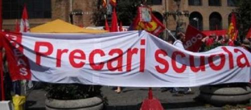 Precari Calabria si ribellano alla riforma Renzi