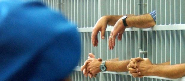Amnistia e indulto contro sovraffollamento carceri