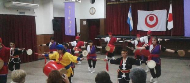 El Eisa Pageant en la Asociación Japonesa Rosario