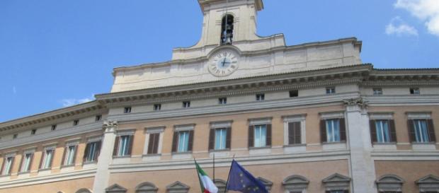 Il Palazzo del Parlamento a Montecitorio (Roma)