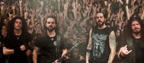 Rotting Christ lançam o primeiro álbum ao vivo.