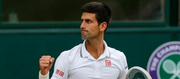 Djokovic sigue a paso firme