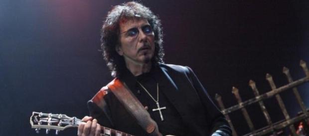 Epiphone fabrica la guitarra que diseñó Tony Iommi
