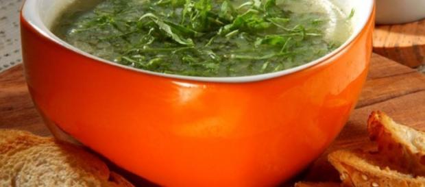 Sopa Detox ajuda no emagrecimento