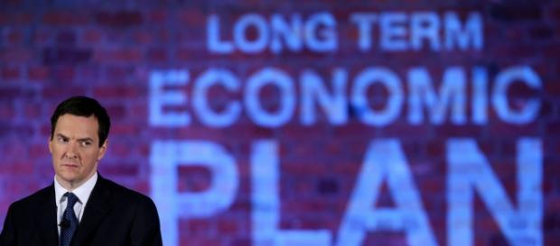 Cancelarul Osborne taie şi pune presiune
