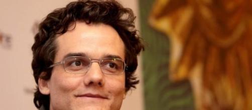 Actor brasileiro engordou 20 quilos.
