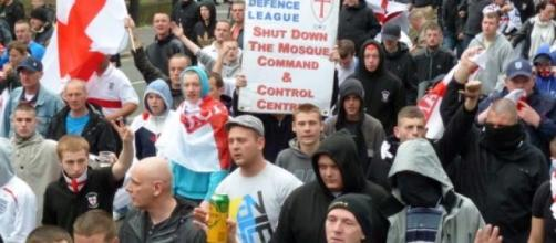 EDL march by Flickr user lionheartphotography