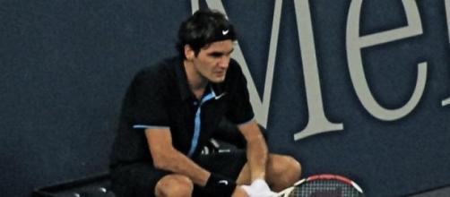 Roger Federer en un descanso en el torneo de Dubai