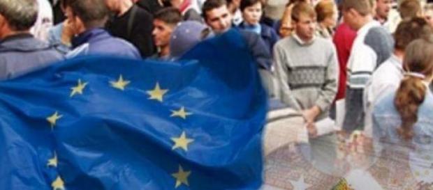 Guvernul vrea să stimuleze cu bani tinerii români