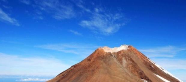 Volcán El Teide-Canarias, pico más alto de España.