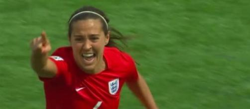 Fara Williams celebra o único golo do jogo