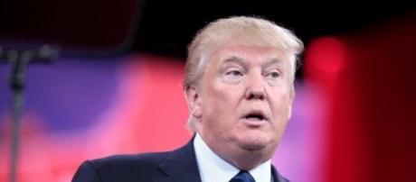 Donald Trump durante discurso de su candidatura
