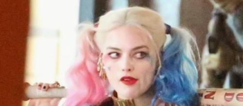 """Margot Robbie- foto oficial de """"Esquadrão Suicida"""""""