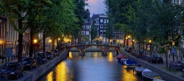 Amsterdã é uma das cidades com vagas