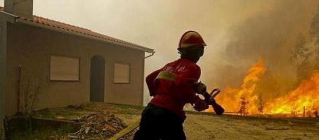 Protecção Civil garante que não há casas em perigo