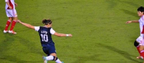 Carli Lloyd in action for the USA