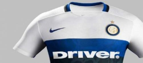 Ecco la seconda maglia dell'Inter