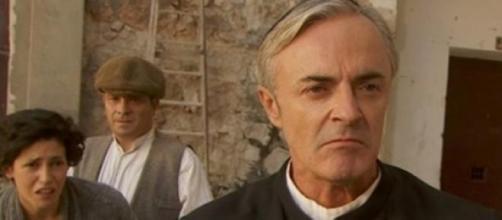 Il Segreto, Don Celso minaccia Gonzalo.