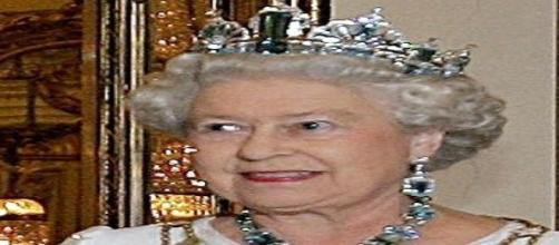 La regina Elisabetta ed il trasloco forzato