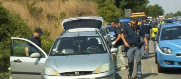 Agenti di polizia sulla Cassia Bis a Roma