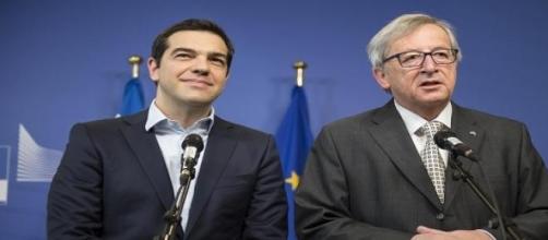 Tsipras e Junker al Parlamento europeo