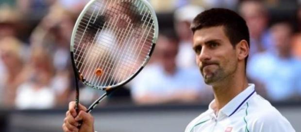 Djokovic ganó con autoridad